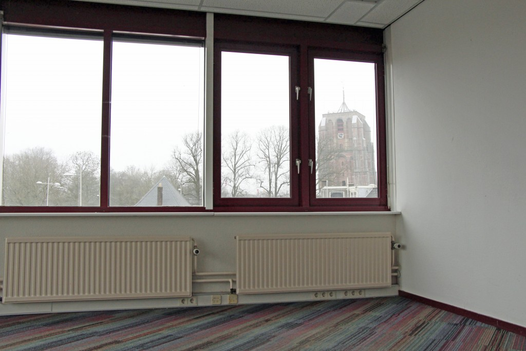 kantoor met uitzicht op Oldehove